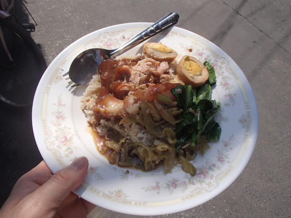 バンコクで食べたカオカームーが美味しかったお話